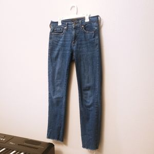BR Mid/High Rise Straight Ankle Jean Medium Wash